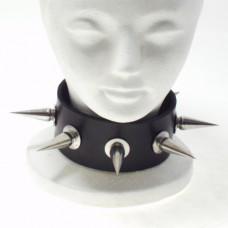 Northbound Locking Spiked Collar
