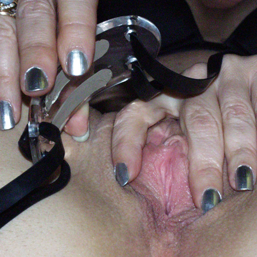 On her clit electrode